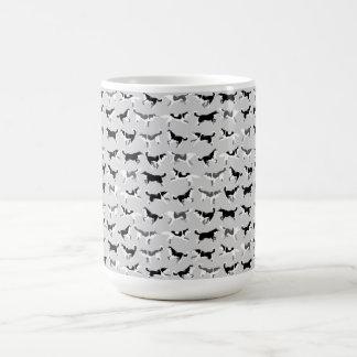 ハスキーなマグのコーヒーカップのシベリアンハスキーのそり犬のコップ モーフィングマグカップ