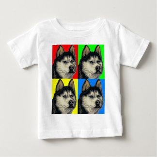 ハスキーなマラミュートは第一次コラージュ行きます ベビーTシャツ