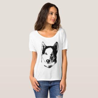 ハスキーな犬 Tシャツ