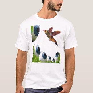 ハチドリおよび眼球の超現実主義 Tシャツ
