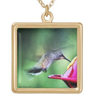 ハチドリのネックレス ゴールドプレートネックレス