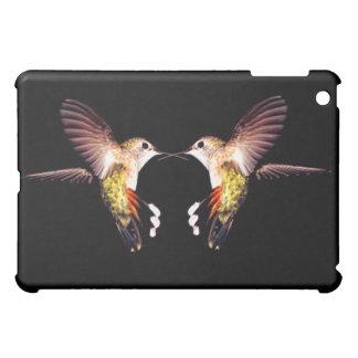 ハチドリの鳥動物は飛んでいるなかわいらしいに羽をつけます iPad MINIケース