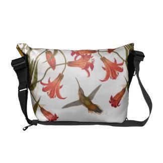 ハチドリの鳥動物ユリの花の花柄 メッセンジャーバッグ