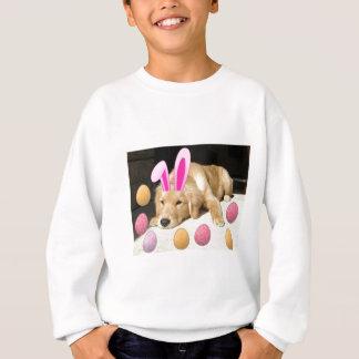 ハッピーイースターのゴールデン・リトリーバー スウェットシャツ
