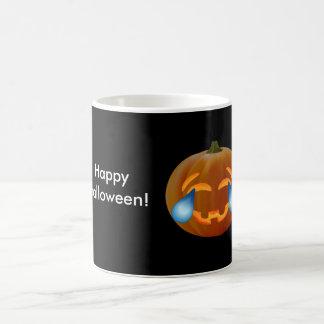 ハッピーハローウィンのカボチャemojiのクラシックで白いマグ コーヒーマグカップ