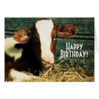 ハッピーバースデーの農家-ブラウンおよび白い子牛 カード