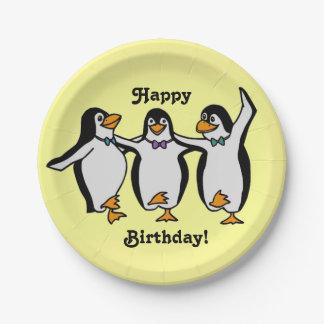 ハッピーバースデー! ペンギンを踊るおもしろい ペーパープレート