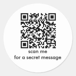 ハッピーバースデー: 秘密メッセージのバーコードのステッカー ラウンドシール