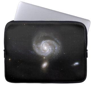 ハッブルの相互作用の銀河系NGC 7674 ラップトップスリーブ