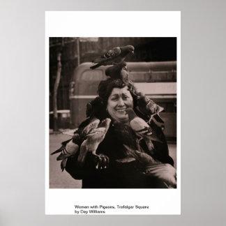 ハトを持つ女性、トラファルガー広場 ポスター