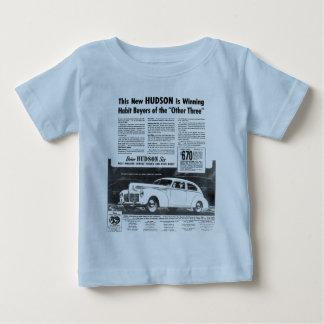 ハドソンの新しい1940年の自動車 ベビーTシャツ