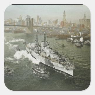 ハドソン川のヴィンテージのWWIIの戦艦 スクエアシール