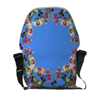 ハニーサックルの花の花の庭のメッセンジャーバッグ クーリエバッグ
