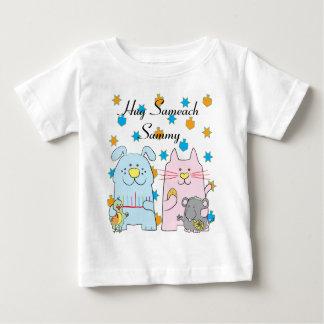 """ハヌカーのTシャツの子供は個人化します""""抱擁Sameach """"を ベビーTシャツ"""