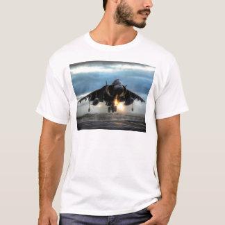 ハリアーの戦闘機 Tシャツ