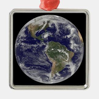 ハリケーンパロマを示す完全な地球 メタルオーナメント