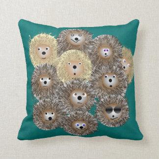 ハリネズミのパーティの枕 クッション
