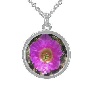 ハリネズミサボテンの花 スターリングシルバーネックレス
