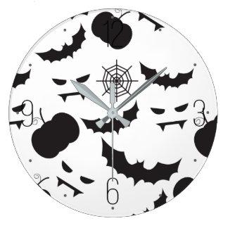 ハロウィンのカボチャ、こうもり、spiderwebパターン ラージ壁時計