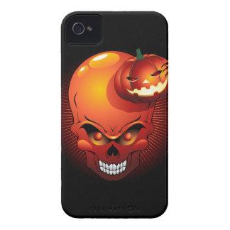 ハロウィンのスカルおよびカボチャブラックベリーの箱 Case-Mate iPhone 4 ケース