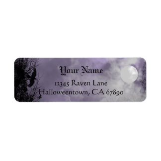 ハロウィンのワタリガラスの紫色の空の習慣の宛名ラベル ラベル