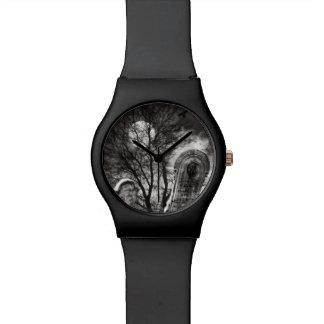 ハロウィンの夜警員 腕時計