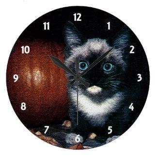 ハロウィンの子ネコそしてカボチャ ラージ壁時計