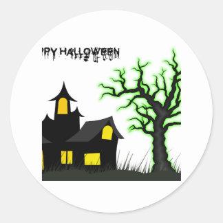 ハロウィンの家および緑の木 ラウンドシール