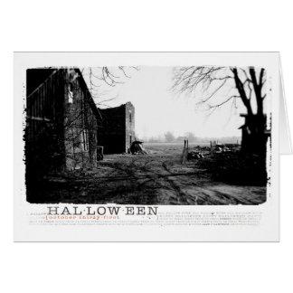 ハロウィンの幽霊のよく出るな農場の家の写真 カード