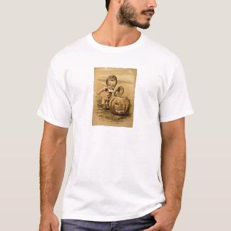 ハロウィンの朝(ヴィンテージのハロウィンカード) Tシャツ