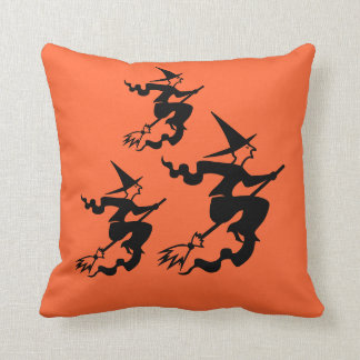 ハロウィンの枕魔法使い クッション
