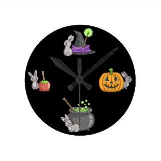 ハロウィンの気味悪いバニー ラウンド壁時計