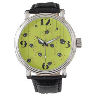 ハロウィンの気色悪いくものノベルティの腕時計 腕時計