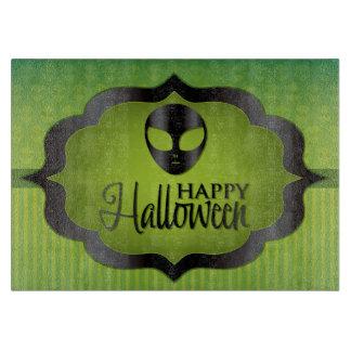 ハロウィンの緑のエイリアン カッティングボード