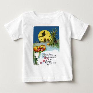 ハロウィーンのカボチャのちょうちんのカボチャ魔法使いの満月の三角波 ベビーTシャツ