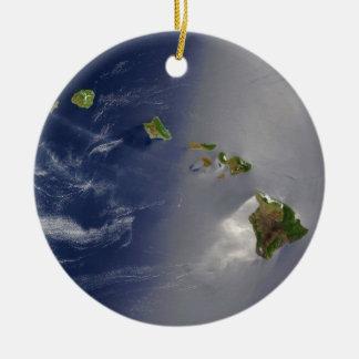 ハワイの多島海の島の衛星眺め セラミックオーナメント