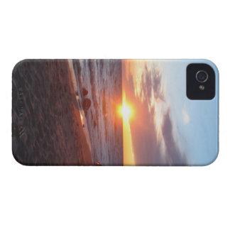 ハワイの日の出 Case-Mate iPhone 4 ケース