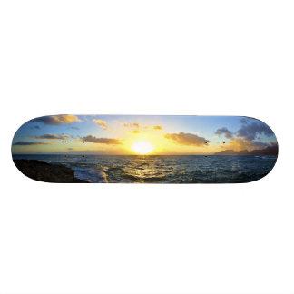 ハワイの日没 スケートボード