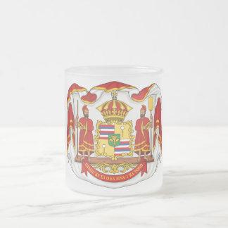 ハワイの王国の王室のな紋章付き外衣 フロストグラスマグカップ
