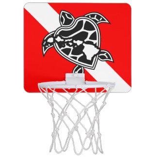 ハワイの飛び込みの旗およびカメ ミニバスケットボールゴール