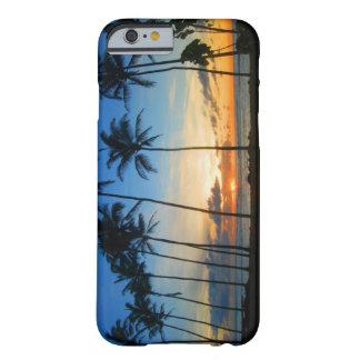 ハワイカウアイ島のiPhone6ケース- Kapaaの日の出 Barely There iPhone 6 ケース