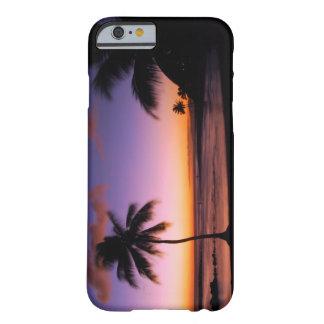 ハワイカウアイ島のiPhone6ケース- Poipuのビーチ Barely There iPhone 6 ケース