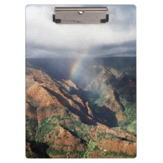 ハワイ、カウアイ島のWaimea渓谷の州立公園 クリップボード