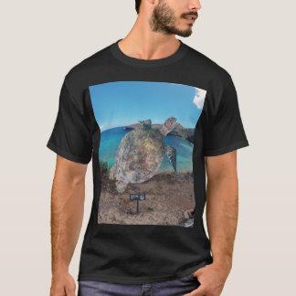 ハワイHanauma湾のオアフカメ Tシャツ