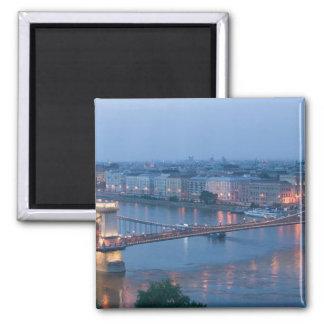 ハンガリー、ブダペスト: Szechenyiの(チェーン)橋、3 マグネット