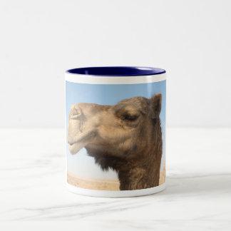 ハンサムなラクダ ツートーンマグカップ