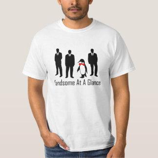 ハンサムな一目でペンギン1 Tシャツ