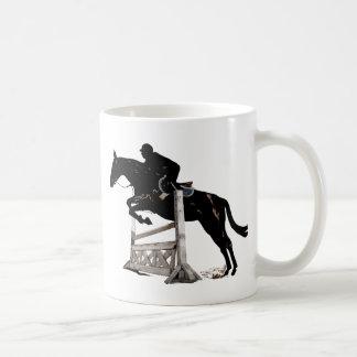 ハンターのジャンパーの馬及びライダー コーヒーマグカップ