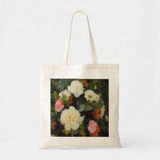 ハンドバッグのカーネーションの花束 トートバッグ