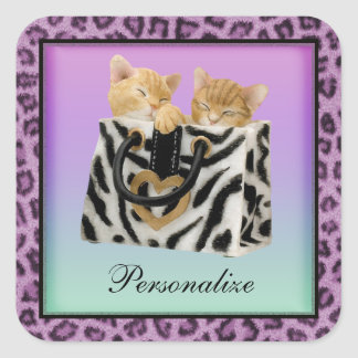 ハンドバッグの紫色のヒョウのプリントのステッカーの子ネコ スクエアシール